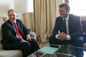 Sergio Massa y Álvaro Uribe se reunieron para hablar de seguridad y narcotráfico