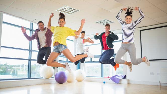 Zumba-mezcla-fitness-baile-danza-ritmos_latinos_MUJIMA20141211_0015_33
