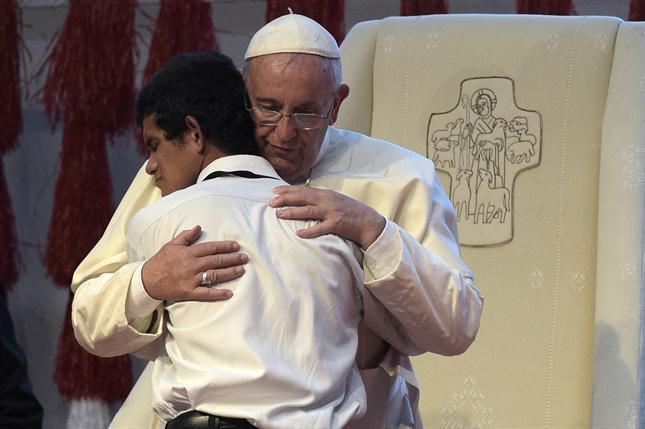 el-papa-francisco-en-sudamerica-2063836w645