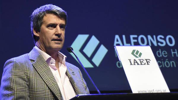 alfonso-ministro-hacienda-convencion-iaef_claima20160930_0355_28